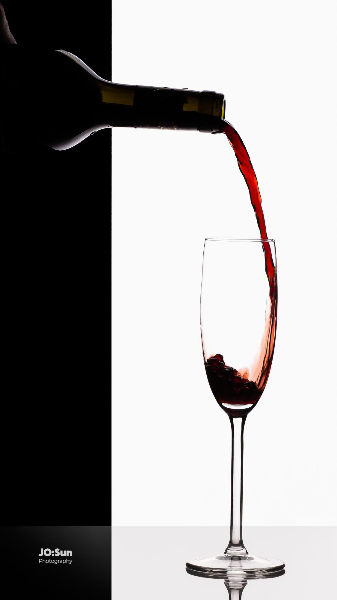 fotografia produktowa wino w kieliszku